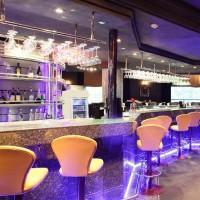 Avenue Kitchen & Bar